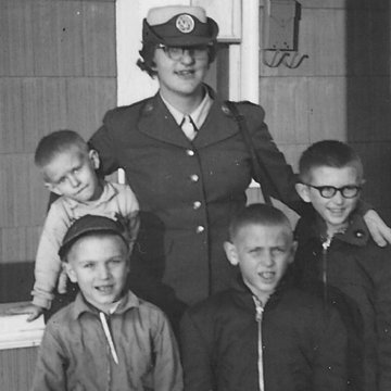 Women in Uniform the 1960s